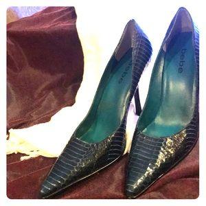 Bebe blue snakeskin heels 👠